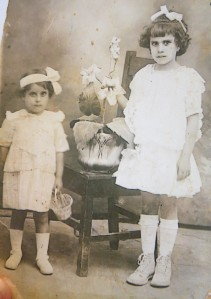 Manuela and Dolores, early 1920s.